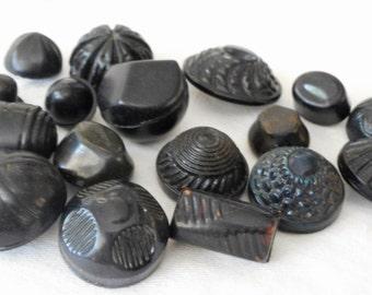 Lot of 17 VINTAGE Celluloid Black BUTTONS  CL8