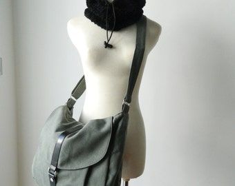 Big SALE 25%  -Kylie in Sage Green /Messenger bag /Shoulder bag /leather strap /Canvas Purse / Handbag / Women / For her / School Bag