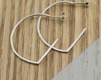 Linear Curve Earrings