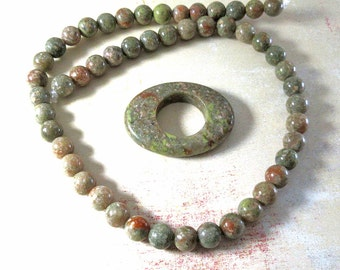 Natural Autumn Jasper - 16-in strand 8mm rounds - Oval Focal Stone 40x30mm