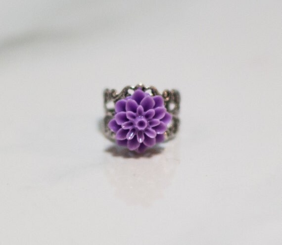 Purple filigree ring, silver, gift, dahlia, Cabocon, handmade in Santa Cruz, nature inspired, silver plated