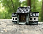 Miniature Chinese Garden Gate House for Terrariums and Fairy Gardens