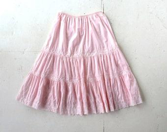 Vintage Pink Petticoat / 1960s Slip / Komar Petticoat / 23-36W