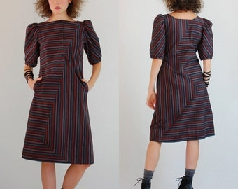 Striped Sheath Dress Vintage Abstract Graphic Striped Modern Sheath Dress (s)