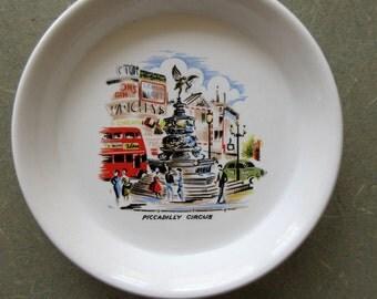 Vintage Piccadilly Circus Dish, London Souvenir, Ceramic Piccadilly Circus, England Souvenir, 1950s Dish, Ceramic Dish
