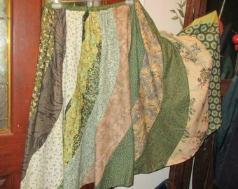 Beautiful shades of green skirt adjustable  Small Medium, Large, Xlarge  Plus size 1XL, 2XL,3XL, 4XL,waist up to 60''  skirt gored swirl