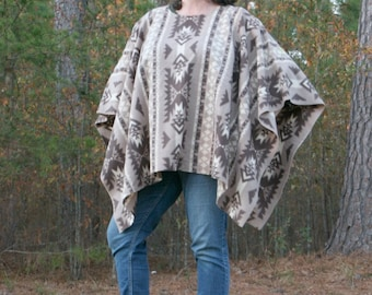 Southwestern Ivory Beige Dark Brown Fleece Poncho Make My Day Clint Eastwood Style Navaho Neutral