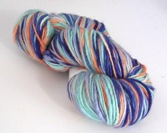 Hand dyed wool yarn. 250g Corriedale slub, thick 'n' thin. 'Ophelia' wool yarn for knitting, crochet, felting, dreadlocks, dreading.