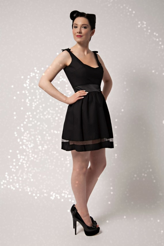 Black Skater Dress, Sweetheart Party Dress, Retro Style Dress, Gothic Dress, Christmas Party Dress, Fit and Flare Dress UK Size 6-16/US 2-12