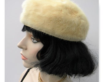 True Vintage Conrad & Chandler Boston platinum blonde mink pillox hat union label