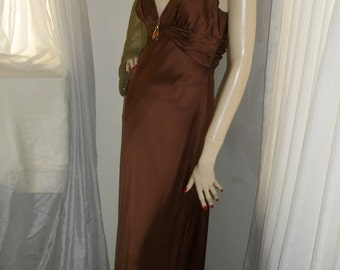 1930s Style Bronze Liquid Satin Gown Size S/M Carmen Marc Valvo Red Carpet Worthy