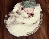 ST PATTYS DAY Knit Baby Elf Hat for Baby in Green Yarn  Photography Prop
