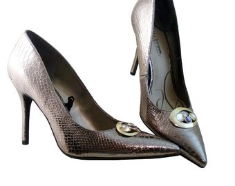 Rare Large Size Retro Style Stiletto Pumps // Silver Iridescent Sam Libby // Women Size 11 // Rhinestones // 4 Inch Heels // GlamourUnisex