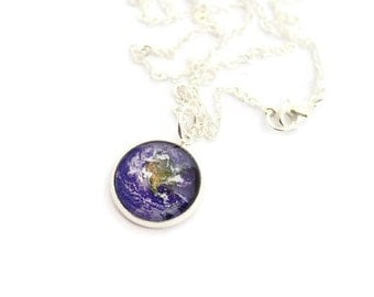 Earth Necklace, Glass Dome Necklace, Geek Necklace, Space Necklace - Dainty Glass Dome Necklace, Space Art Jewelry, Earth Pendant
