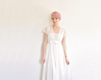 miss Dior bridal slip set . white lace trimmed gown and peignoir .small .sale