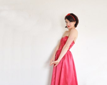 queen of hearts dress . red sequin Gunne Sax ball gown .extra small.xs .sale