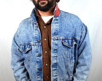 Vintage Levis Acid Wash Denim Winter Jacket - Plaid Lining