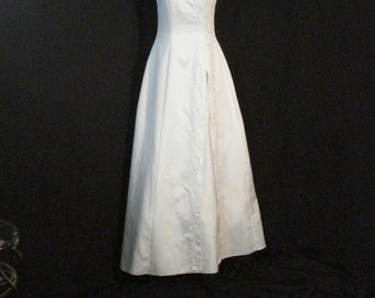 White Satin Beaded Fiesta Wedding Dress Bridal Lace Up Back Simple Chic S