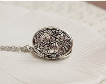 Silver Floral Locket Necklace
