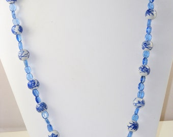 Vintage Long Single Strand Blue and White Glass Floral Beaded Necklace  (N-4-2)