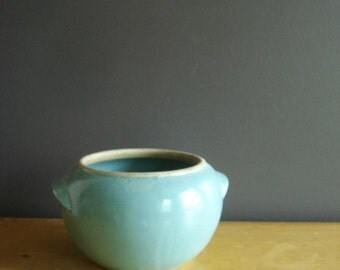 Gorgeous Teal Planter - Vintage Aqua Bowl - Teal Blue Flower Pot or Urn