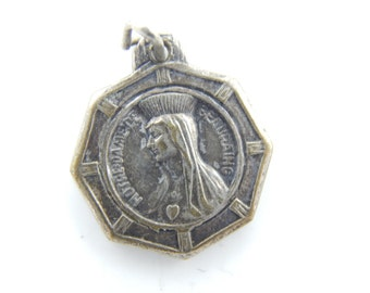 Vintage French Our Lady of Beauraing Catholic Medal - Virgin of the Golden Heart Religious Charm - T38