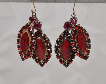 2 Vintage Pendants Drops Charms Briolettes Mid-Century Rhinestones and Enamel for Assemblage Jewelry Burgundy Maroon