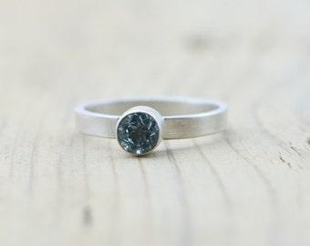 Sky Blue Topaz Modern Sterling Silver Ring | Gemstone Ring