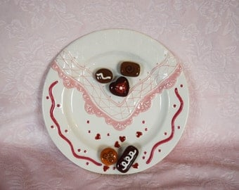 CHOCOLATE CANDY PLATE Ganz Napkin Handkerchief Petit Fours Candies Truffle Fake Faux Food Pink Heart Design Dessert Display Hankie Hanky Nos