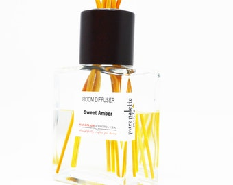 Sweet Amber Scented Room Diffuser Oil Square Vase, Natural Dyed Reeds Set