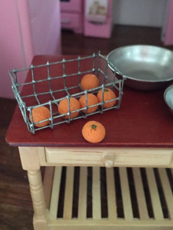 Miniature Oranges, Dollhouse 1:12 Scale Miniature, Dollhouse Food, Accessories, 6 Piece Set