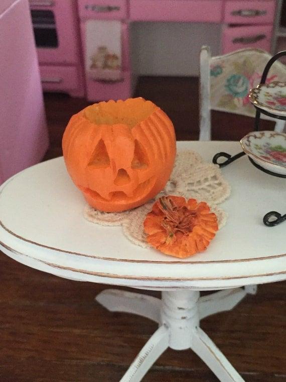 Miniature Jack O Lantern, Carved Pumpkin, Dollhouse 1:12 Scale Miniature, Dollhouse Accessory, Dollhouse Decor, Halloween