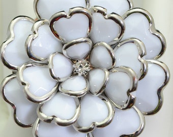 Big White Flower Ring/Statement Ring/Gift For Her/Summer Jewelry/Silver/Under 20 USD/Adjustable Ring