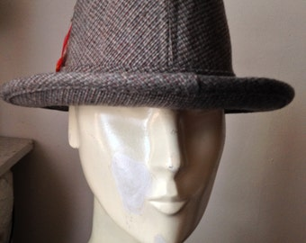60's Mans  Gray Tweed Fedora by Pedigree, Fifth Avenue, New York Size 7 1/8