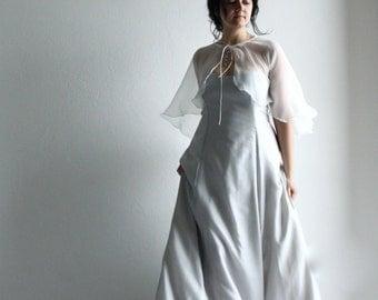 Bridal capelet, Wedding Capelet, bridal cape, wedding cape, silk shawl, wedding cover up, chiffon shawl, bridal stole, silk wedding wrap,