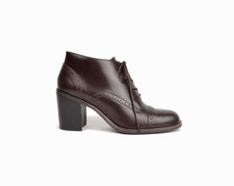 Vintage 90s Heeled Brogues in Espresso Brown / Lace Up Boots / Brogues / Heeled Boots - women's 8.5