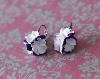 Purple and white flower earrings, Lever back earrings, Floral earrings, Flower earrings in black gunmetal setting, colorful spring earrings
