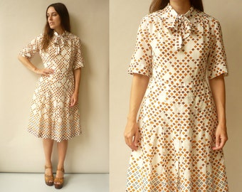 1970's Vintage Abstract Retro Print Mini Mod Tea Dress Size Medium