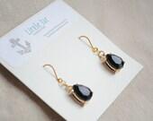Cocktail earrings- Faceted black and gold gemstone earrings, drop earrings