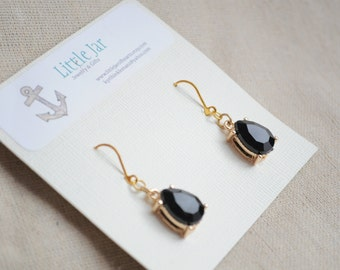 Cocktail earrings- Faceted black and gold gemstone earrings, drop earrings