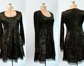 Crushed Velvet Velour 90s Goth Babydoll Dress Lace Trim Juniors Size Large Grunge Style