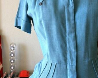 Vintage 1940s blue linen day dress