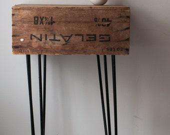 Black metal vintage hairpin legs