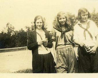 "Vintage Photo ""Holding a Photographic Memory"" Snapshot Photo Old Antique Photo Black & White Photograph Found Paper Ephemera Vernacular - 54"
