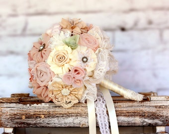 alternative wedding bouquet, spring bouquet, wedding bouquet, wedding accessories