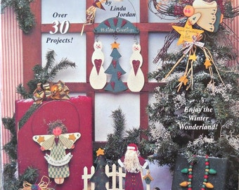 A Touch of Christmas Decorative Painting Book, by Linda Jordan