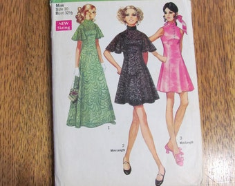 """RESERVED -1970s Empire Line Mini or Maxi EVENING Gown w/Cape Flutter Sleeves - Size 10 (Bust 32.5"""") - VINTAGE Sewing Pattern Simplicity 8489"""