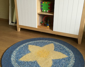 Nursery rug, Star rug, Beautiful hand crocheted rug, 43'' in diameter
