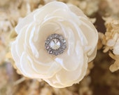 Ivory hair flower - Bridal hair comb - Wedding hair comb - Wedding hair flower - Bridal accessories - Crystal hair comb - Rustic hair flower