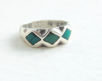Southwestern Turquoise Ring Inlaid Blue Diamond Band Vintage Sterling Silver Size 7 Desert Trinity